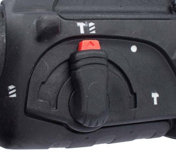 دریل بتن کن سه حالته پوکا مدل RH2632